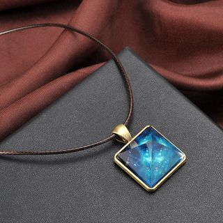 Glowing Pyramid Necklace 1058083345