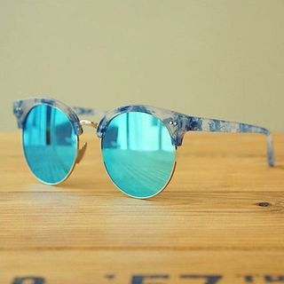 Round Sunglasses 1060633335