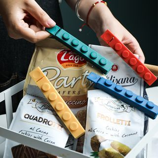 Set Of 4: Block Style Food Bag Clip Set Of 4 - Green & Blue & Yellow & Red - One Size