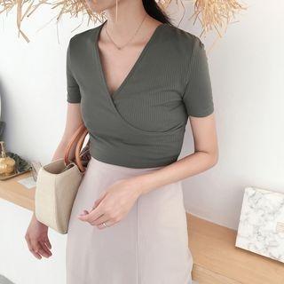 V-Neck Short-Sleeve T-Shirt 1060922307