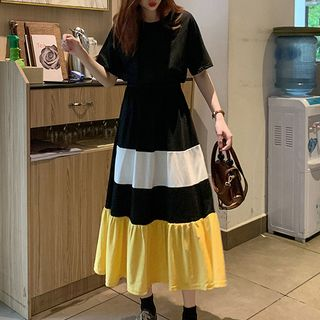 Image of Color Panel Elbow-Sleeve Midi A-Line Dress Black - One Size