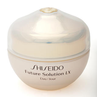 Buy Shiseido – Future Solution LX Daytime Protective Cream SPF 15 50ml