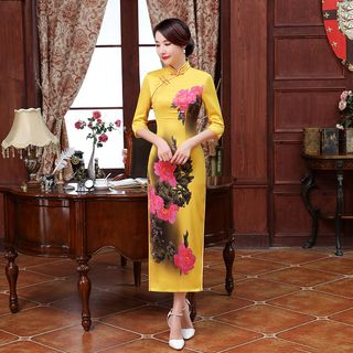 Floral Qipao 1055582084
