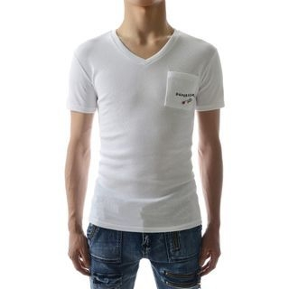 Short-Sleeve Pocket-Front V-Neck T-Shirt 1044479484