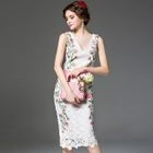 Floral Print Crochet Lace Midi Sheath Dress от YesStyle.com INT