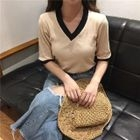 Ribbed V-Neck Elbow-Sleeve T-Shirt 1596