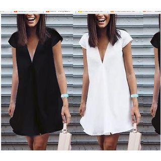 Short-Sleeve V-Neck Dress 1050908724