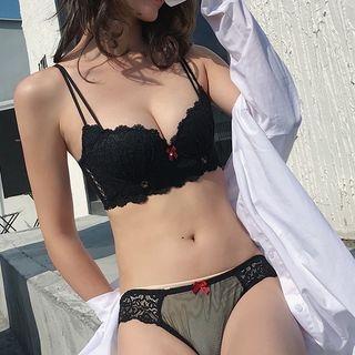 Set: Lace Bra + Panties 1064933967