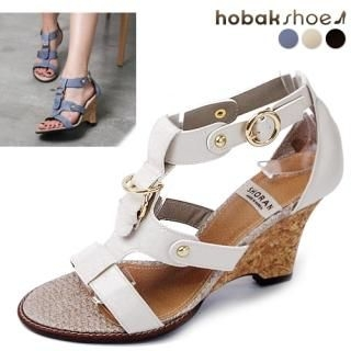 Buy HOBAK girls T-Strap Sandals 1022772878