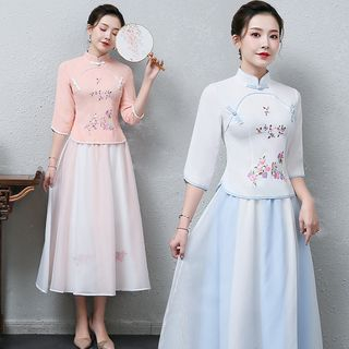 Image of 3/4-Sleeve Traditional Chinese Embroidered Top / Midi Skirt