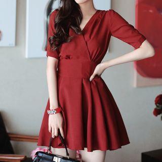 V-neck Short-Sleeve Dress 1065639283