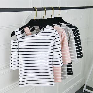 Shoulder | T-Shirt | Off
