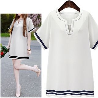 Short-Sleeve V-neck Dress 1051559824