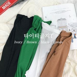 V-Neck Ribbed T-Shirt 1061027658