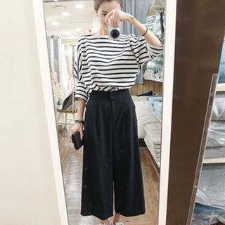 Set: 3/4-Sleeve Striped Top + Cropped Wide leg Pants 1060904163