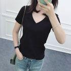 V-neck Short-Sleeve T-shirt 1596