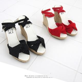 Picture of COOLHADA Ankle Strap Dotted Wedge Sandals 1022934166 (Sandals, COOLHADA Shoes, Korea Shoes, Womens Shoes, Womens Sandals)