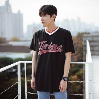 Short-Sleeve V-Neck Printed T-Shirt 1058456626