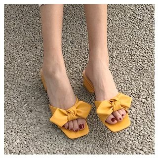 Image of Low-Heel Bow Sandals