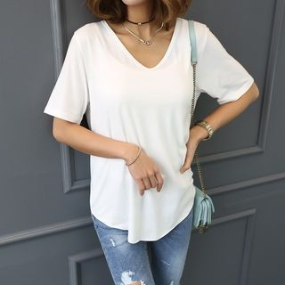 V-Neck Short-Sleeve T-Shirt 1060050448