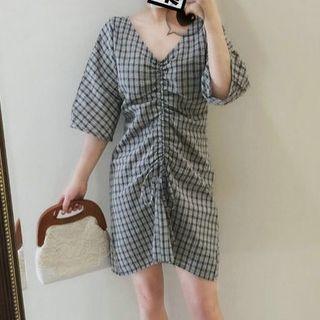 Image of 3/4-Sleeve Crinkled Plaid Mini Dress