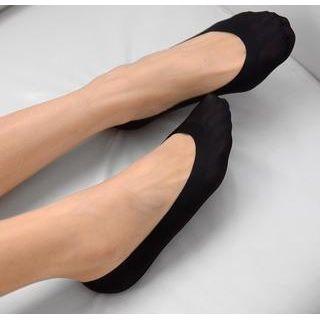 nylon-show-socks