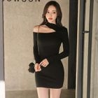 Cutout Shoulder Long-Sleeve Dress 1596