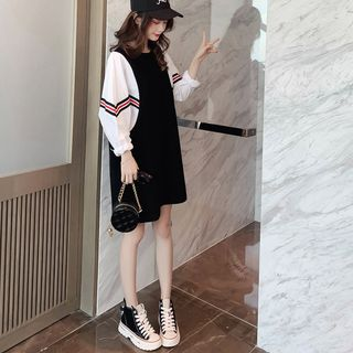 Image of Balloon-Sleeve Paneled Striped Pullover Dress