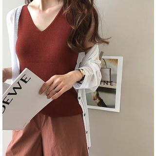 V-Neck Sleeveless Knit Top 1066616812