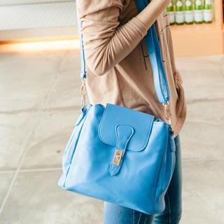 Twist-Lock Flap Shoulder Bag