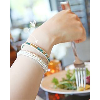 metal-detail-beaded-bracelet