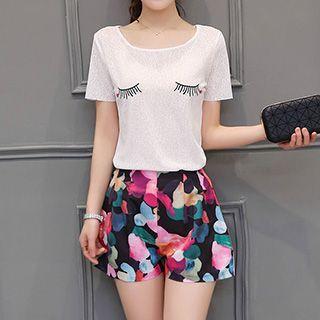 set-printed-short-sleeve-t-shirt-printed-shorts
