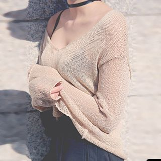 V-Neck Sheer Long Sleeve Knit Top 1052832545