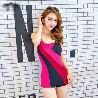 Color Block Swimsuit 1048929402