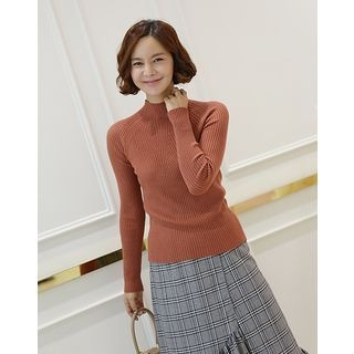 Mock-Neck Slim-Fit Ribbed Knit Top 1062202500