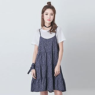 Set: Strappy Floral Dress + Short-Sleeve T-Shirt 1050744260