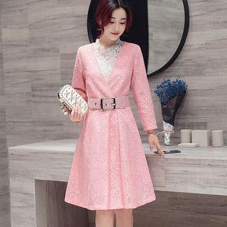 Set: Lace Coatdress + Sleeveless Lace Top 1058228611