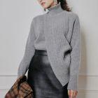 Asymmetric Hem Knit Top 1596