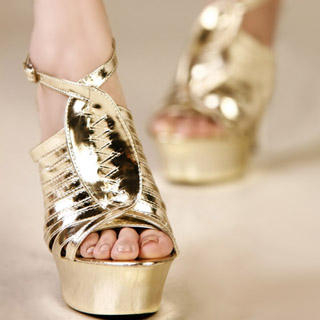 Buy Kvoll Strappy Metallic Platform Sandals 1022979433