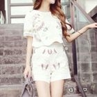Set: Embroidered Short-Sleeve Top + Shorts 1596