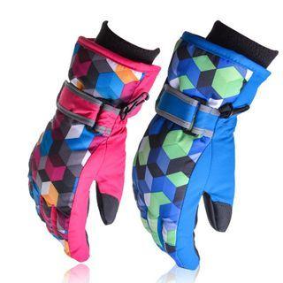 Patterned Ski Gloves 1048847864