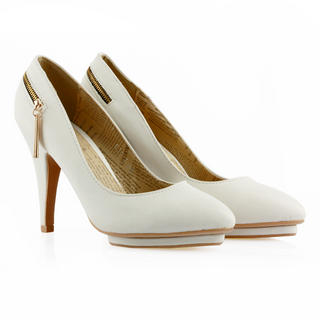 Buy Cocoeve Back Zipped Pumps 1023066074