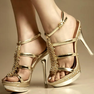 3b2c3d8a9d91 Buy Kvoll Diamante Platform Sandals 1022502879