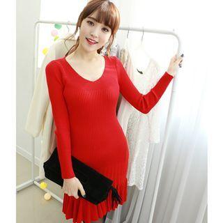 V-Neck Ruffle-Hem Ribbed Knit Dress 1047378339