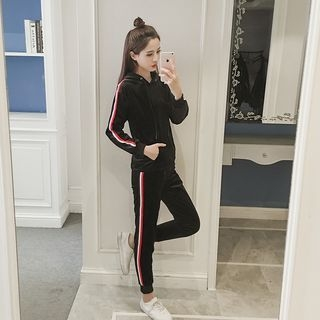 Set: Striped Hoodie + Striped Sweatpants 1057431035