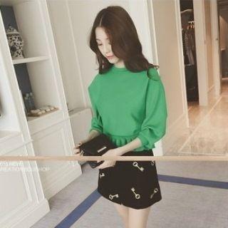 Ruffle Hem Sweater 1061798165