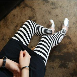 maternity-striped-leggings