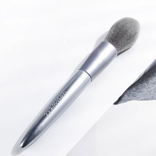Image of Blush Brush 02 - Blush Brush - Silver - One Size