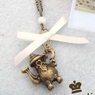 Vintage Kettle Necklace 1011936472