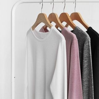 round-neck-plain-t-shirt